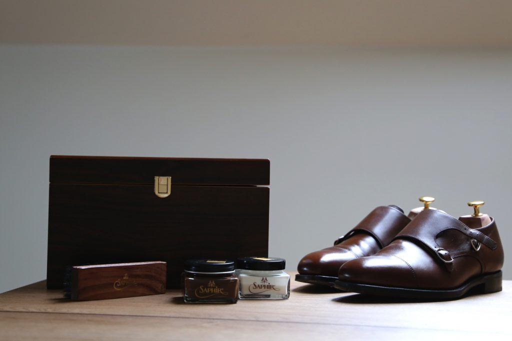pastowanie butów saphir avel tarrago