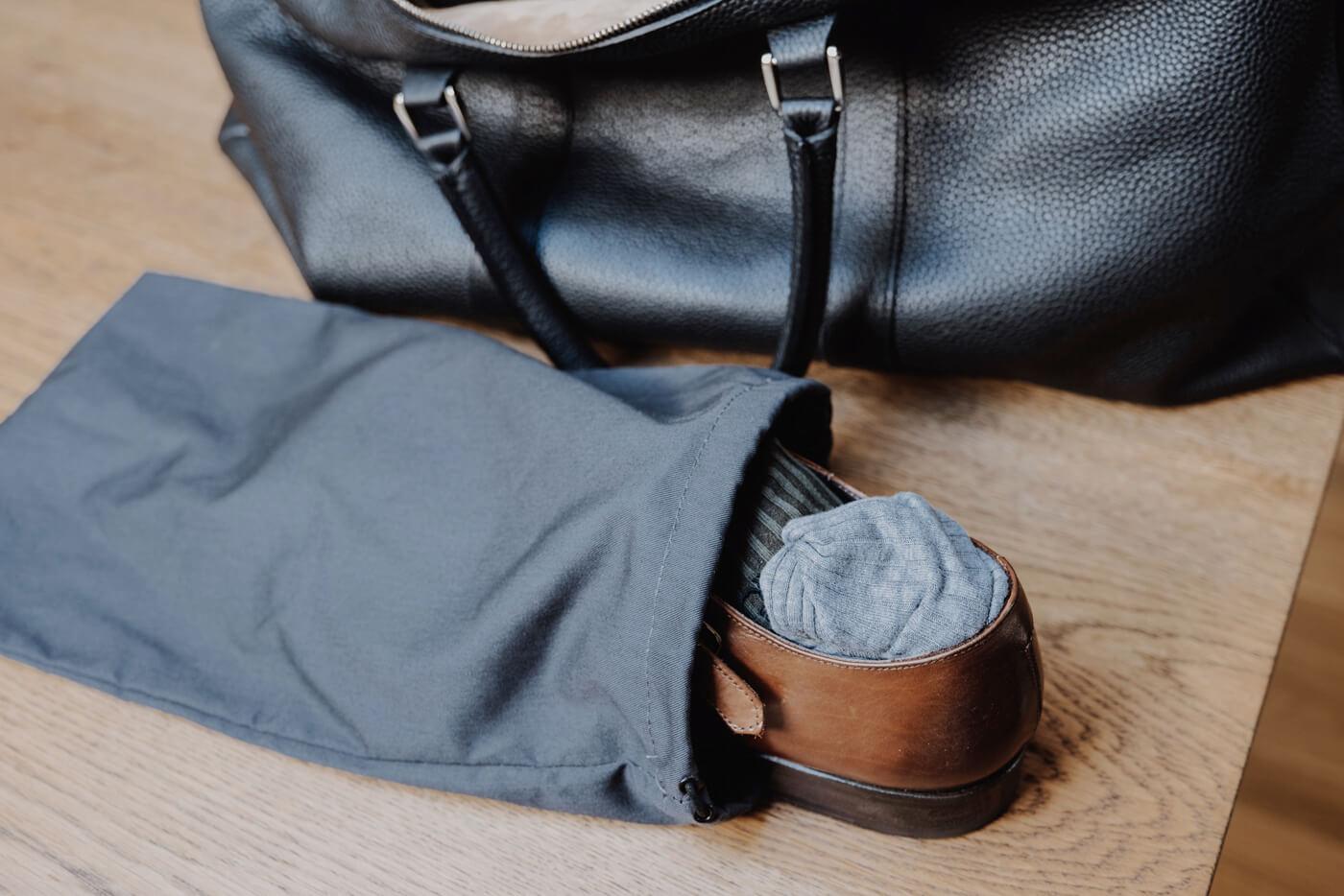 buty w bagazu podrecznym