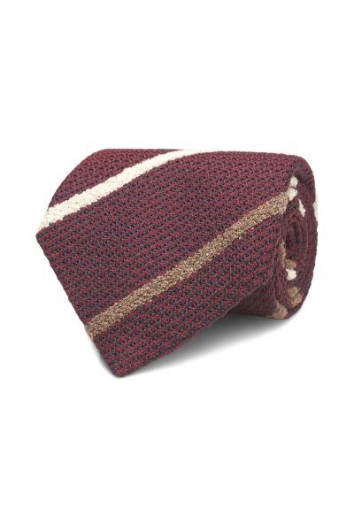 Krawat w paski